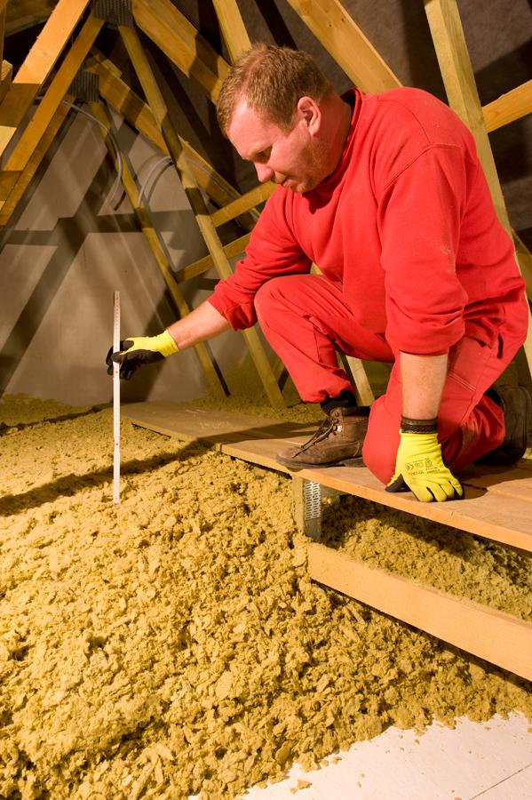 Konečná kontrola výšky systému MAGMARELAX - vazníková střecha