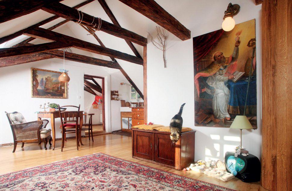Nebi blíže: návštěva podkroví na Malé Straně