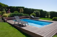Chcete si užít bazén? Dopřejte mu správnou terasu