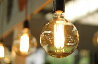 Levnější už elektřina nebude. V dalších letech očekávejte zdražování